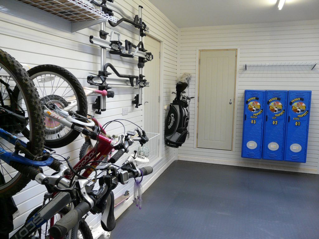 12 interesting ways to use the garage by Garageflex