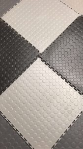 Garageflex floor tiles come in a variety of colours to suit your garage colourscheem